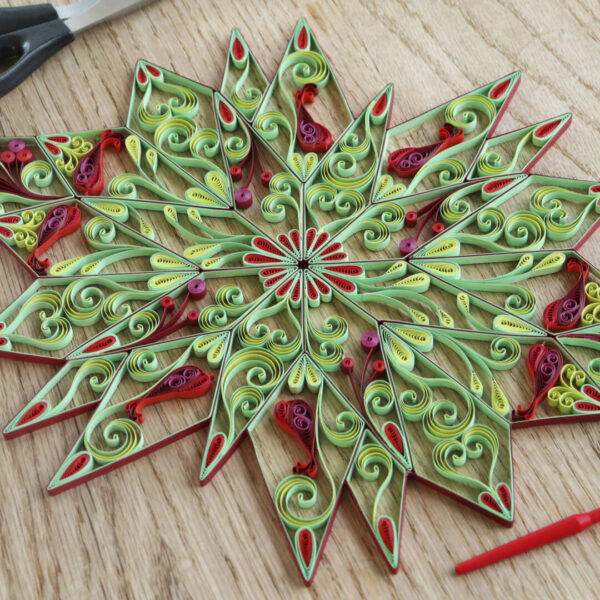 (342400) art nouveau quilling stars red:green 01