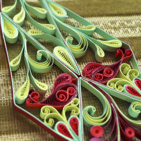 (342400) art nouveau quilling stars red:green 02