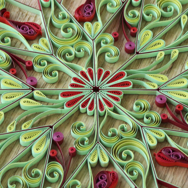 (342400) art nouveau quilling stars red:green 03